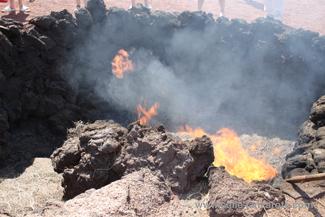 Heu brennt im Nationalpark Timanfaya